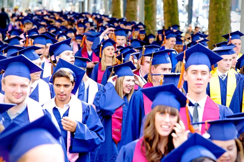 Jongeren gaan liever niet meer via het hbo naar de universiteit. Dan moeten ze langer studeren en dus meer lenen.  (anp / Bart Hoogveld)