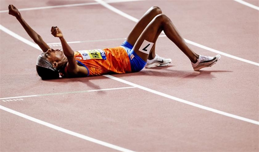 Unieke prestatie Sifan Hassen: goud op 1500 én 10.000 meter  (anp / Robin van Lonkhuijsen)
