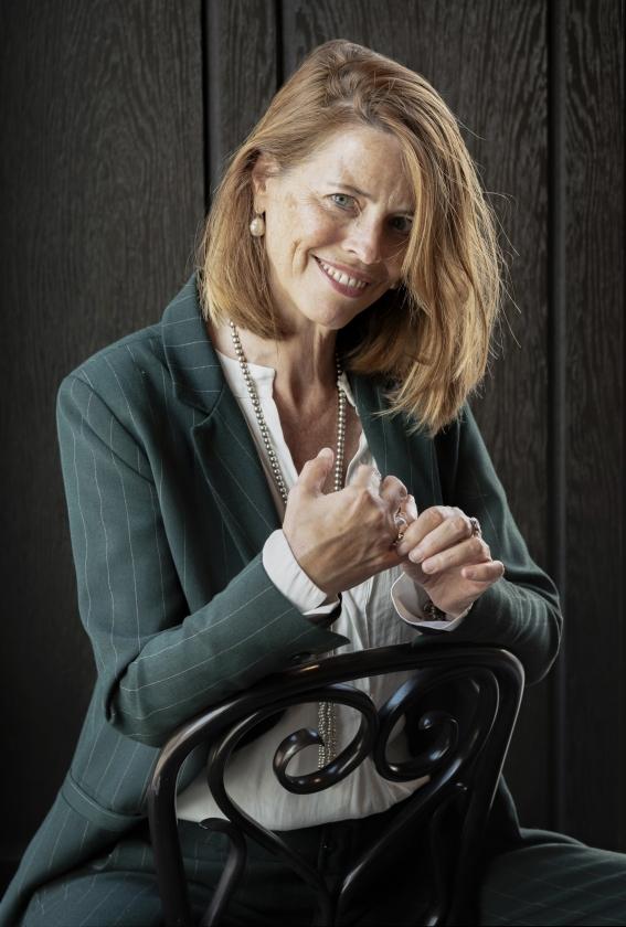 Petra Stienen: 'Je charisma vergroten is een kwestie van oefenen, oefenen, oefenen. Zelfs iemand als Barack Obama oefent zijn speeches altijd.'   (Franco Gori)
