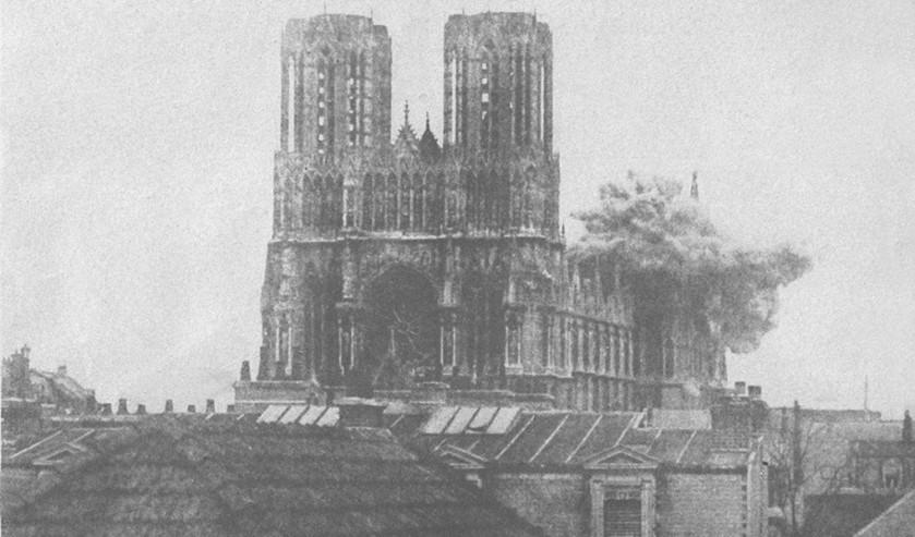 Drie manieren om een kathedraal als de Notre-Dame te herbouwen  (wikimedia)
