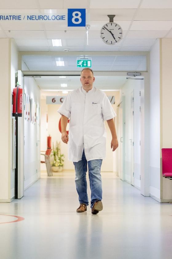 Longarts Sander de Hosson: We moeten veel meer praten over de dood  (Duncan Wijting)