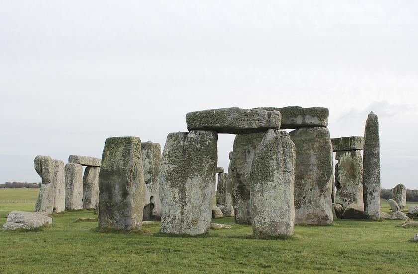 Misschien hebben invasiehorden van het Europese vasteland meegebouwd aan het beroemde Stonehenge in Wiltshire (Engeland).  (ap / Charlotte Zink)