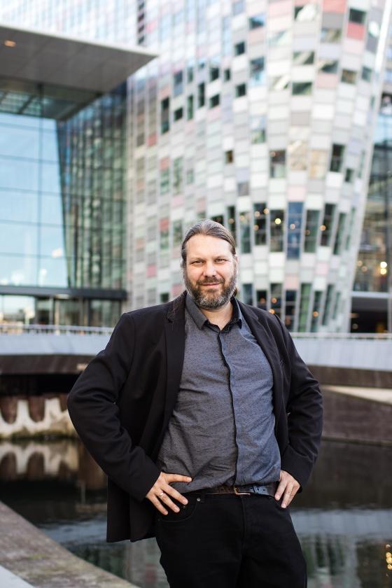 Sander Bax: 'Er zijn veel auteurs die mooie boeken schrijven, maar die niet in de spotlights komen.'