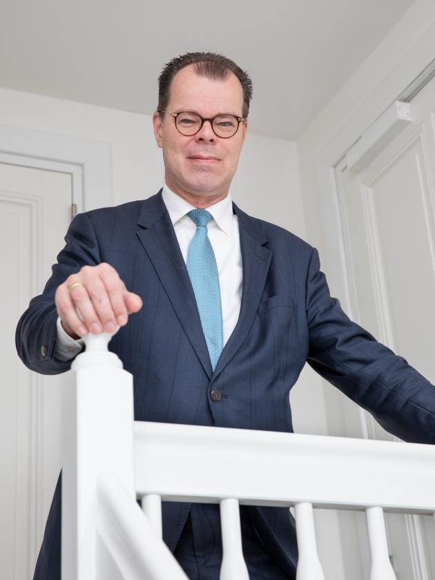 Jan Post: 'Het is telkens weer een klus om gerechtigheid op te delven uit het recht.'  (Nanette de Jong en staten museum for kunst, kopenhagen)