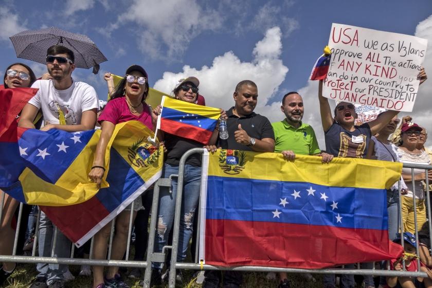 Venezolanen in Florida verzamelden zich vorige maand in Doral voor en steunbetuiging aan oppositieleider Juan Guaidó.  (epa / Cristobal Herrera)