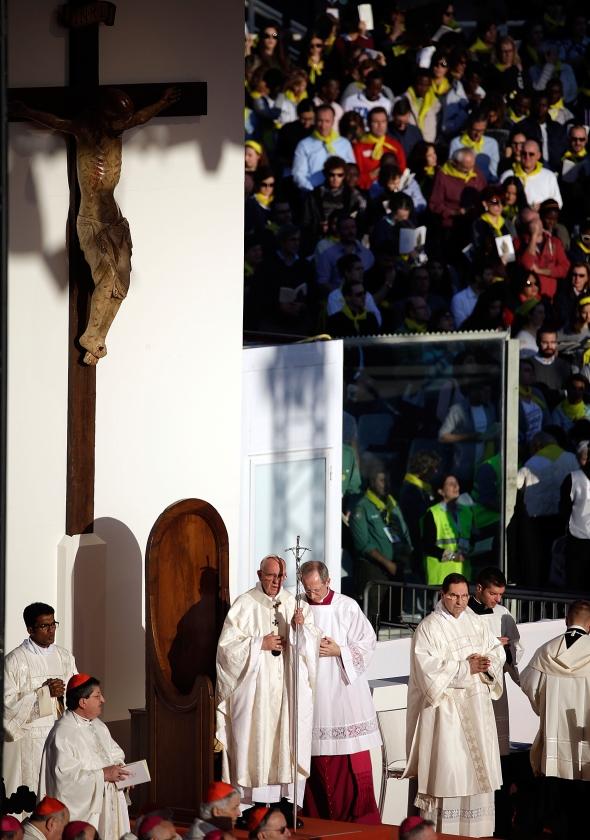 De rooms-katholieke kerk wekt volgens Borgman 'nogal eens de indruk dat zij zich tegen verandering verzet en koste wat kost wil vasthouden aan het verleden en de traditie'.   (ap /)