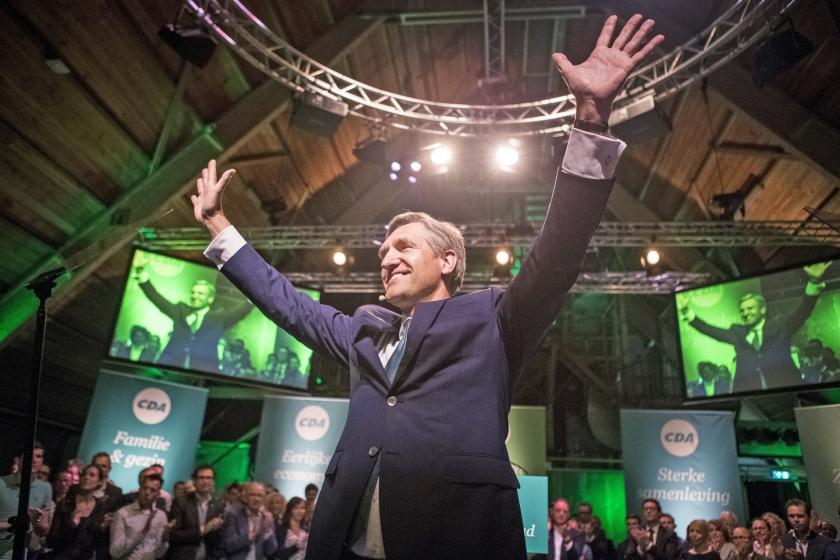 Dat het CDA en de PvdA de afgelopen jaren niet de rol hebben vervuld van een brede volkspartij, is een gemiste kans met grote gevolgen. Het heeft de radicalisering in de politiek aangewakkerd.  (anp / Alexander Schippers)