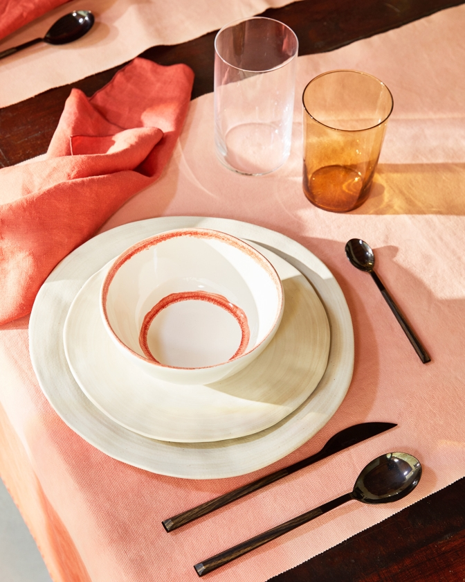 Zo creëer je een sfeervol interieur met oranje accessoires   (Zara Home)