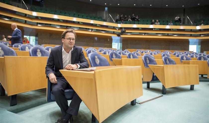 Tweede Kamerlid Ronald van Raak (SP) hoopt het bindend correctief referendum door het parlement te loodsen.  (anp / Laurens van Putten)