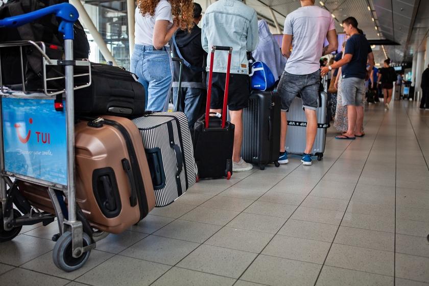 Perikelen met de bagage leveren ergernis bij reizigers op.  (anp / Alexander Schippers)