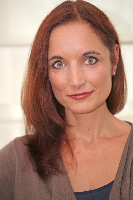 Tania Heimans kon moeilijk kiezen tussen een non-fictieboek over Blijdorp en een roman.   (Deniz Hammudoglu)