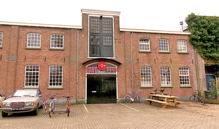 Het pand in Deventer waarin de nieuwe stadsbrouwerij gevestigd is.  (rtv oost)