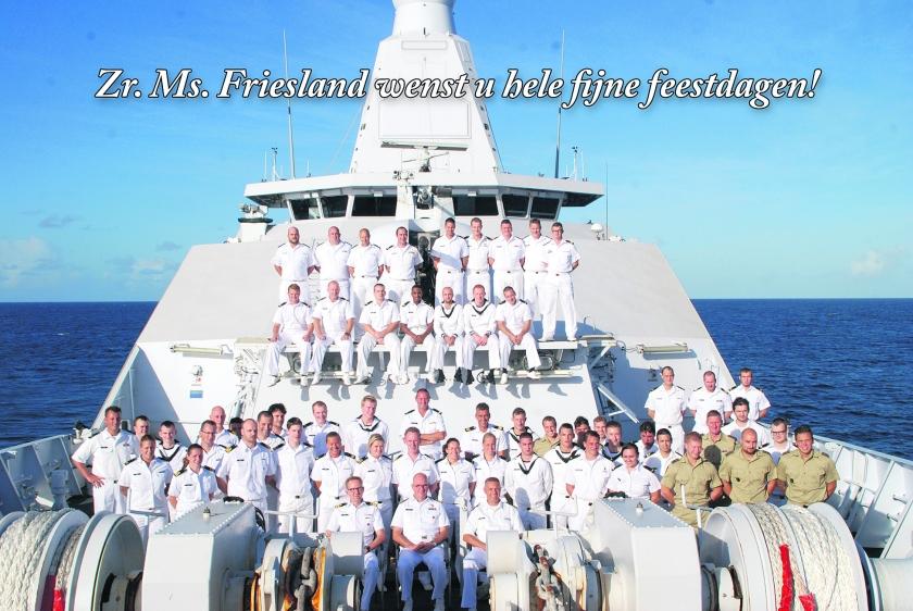 Deze 'kerstkaart' stuurde de bemanning van Zr. Ms. Friesland aan het thuisfront.  (Defensie)