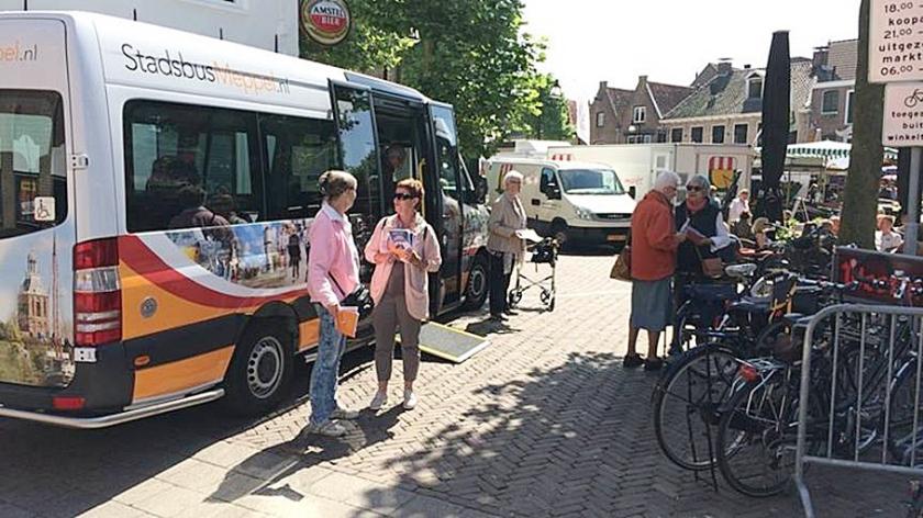 De stadsbus in Meppel, een voorbeeld van kleinschalig openbaar vervoer.  (rtv drenthe)
