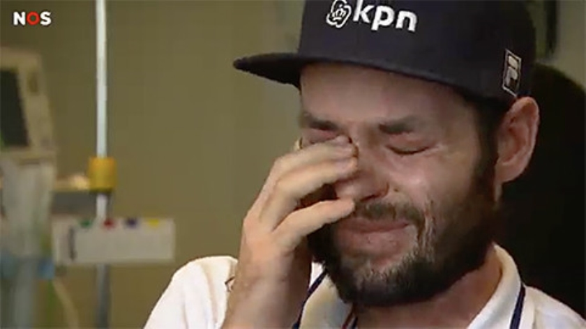 Viral: De tranen van shorttracker Sjinkie Knegt  (nos)