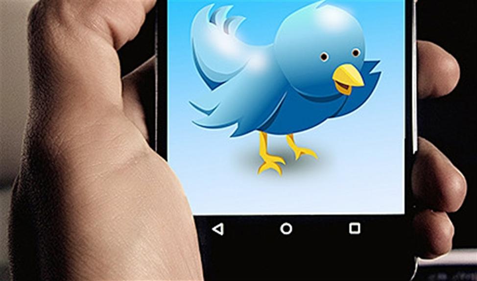 Viral: Journalist plaatst noodkreet op Twitter omdat hulpverlening niet beschikbaar is