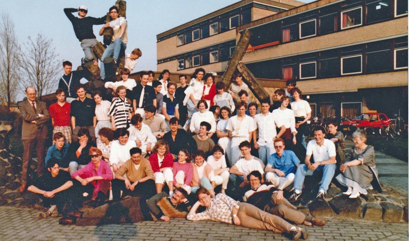 Examenklas van Sjirk Kuijper in 1985.  (nd)