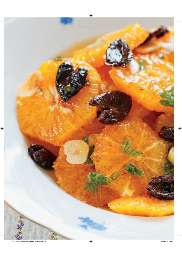 Recept: Sinaasappelsalade met zwarte olijven   (uit besproken boek)