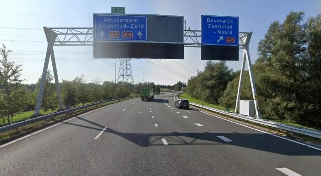 In 2017 vonden er acht incidenten plaats in de gevaarlijke bocht van de A7 bij Zaandam, vorig jaar maar liefst 43.  (beeld nh nieuws / streetview)