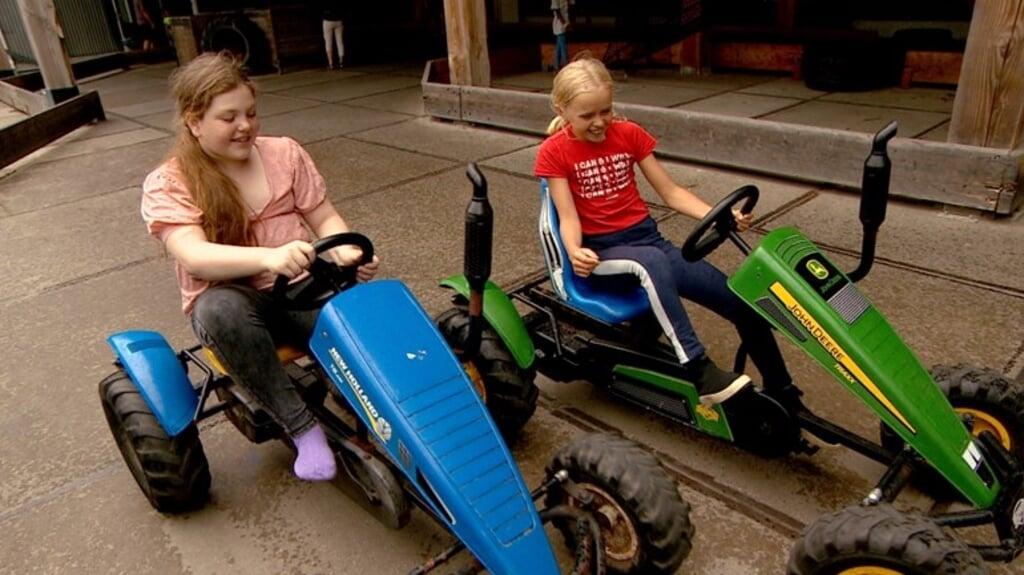 Onder meer Rotterdamse kinderen die het thuis niet breed hebben, mochten op vakantie naar Zeeland.  (beeld omroep zeeland)