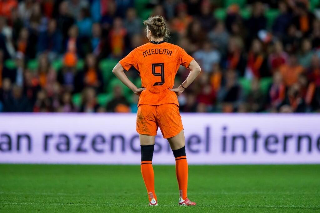 2021-09-17 21:46:40 GRONINGEN - Vivianne Miedema of Nederland na de 0-1 tijdens de WK-kwalificatie wedstrijd tussen Nederland en Tsjechie in het Euroborg stadion op 17 september 2021 in Groningen, Nederland. ANP COR LASKER  (beeld anp / cor Lasker)