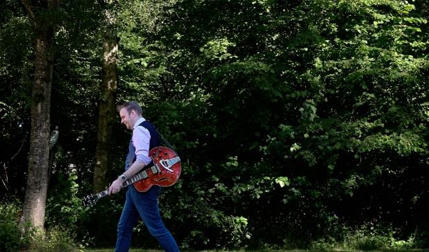 Jan Jaap Wubs brengt deze maand zijn debuutalbum 'Johannes vertelt' uit.