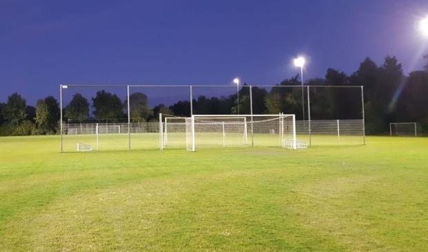 <p>Alle buitensportaccommodaties in Midden-Drenthe beschikken nu over led-verlichting.&nbsp;</p>