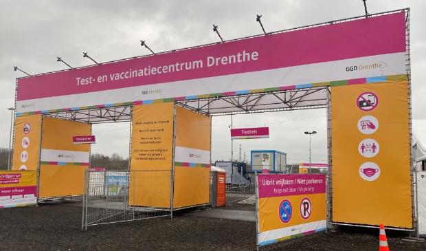 <p>Het test- en vaccinatiecentrum van de GGD Drenthe op het TT?Circuit in Assen.</p>