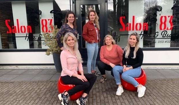 Het team van Salon 83.