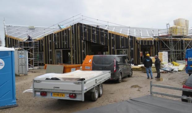 De bouw van het nieuwe kindcentrum in Kolham vordert.