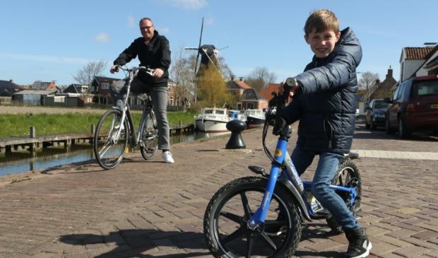 <p>Ruben Mulder hoopt met vader Paul zoveel mogelijk geld bijeen te fietsen. Foto: Ronnie Afman.</p>
