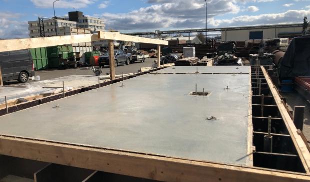 <p>Cementloos beton bij gemaal Coehoorn. Het lijkt precies op traditioneel beton (foto WDODelta).</p>