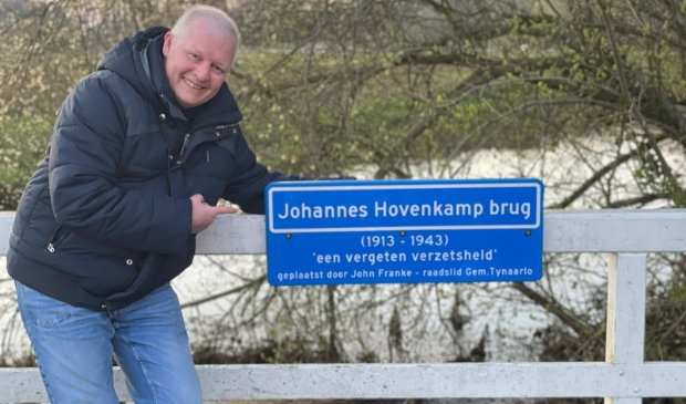 John Franke op de Johannes Hovenkamp-brug.