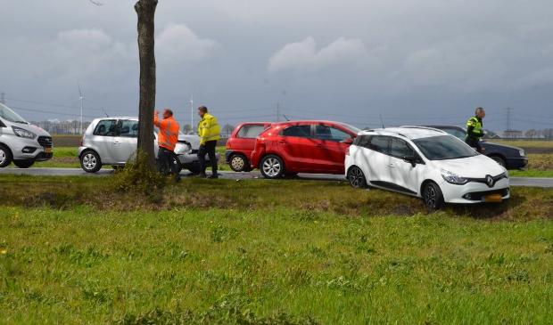 <p>Een blik op het ongeval bij Oude Pekela. Foto: Dennie Gaasendam/DG-Fotografie</p>