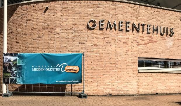<p>Fairtrade Midden-Drenthe start een actie voor de voedselbank (foto B&eacute; van der Veen).</p>