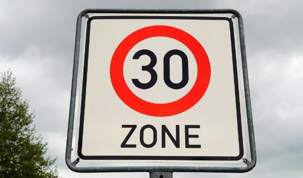 Vooral binnen de bebouwde kom houden veel automobilisten zich niet aan de maximumsnelheid.