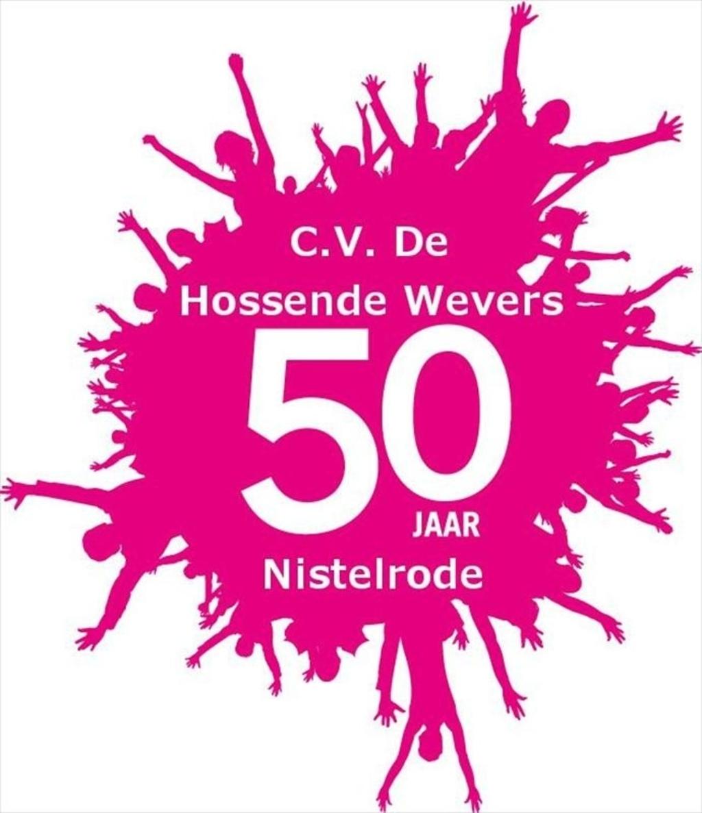 C.V. De Hossende Wevers vieren Carnaval  Foto:  © mooibernheze