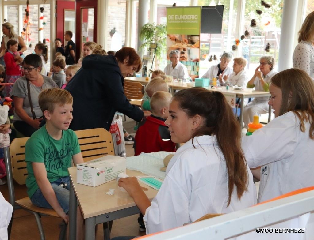 Nistelrode - De Poppendokter Foto: Heidi Verwijst  © mooibernheze