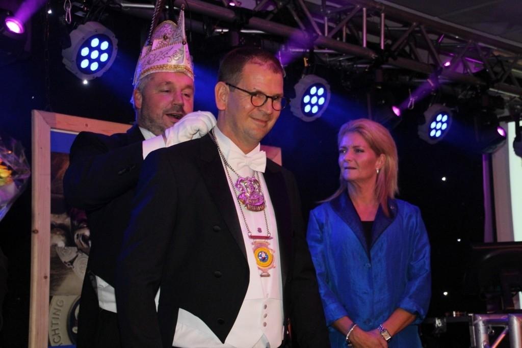 Weversrijk - Prinsonthulling Prins Rini II & Adjudant André Foto: Rian van Schijndel © mooibernheze