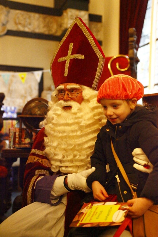 Heeswijk-Dinther - Sinterklaas op het kasteel 2018 Foto: Michel Roefs  © mooibernheze