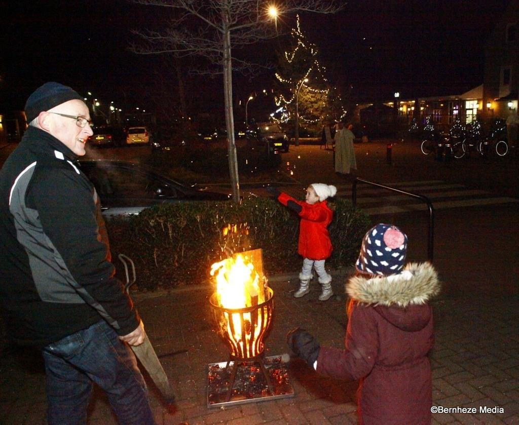 Loosbroek - Opening Wensboom en kerstmarkt  Foto: Michel Roefs © mooibernheze
