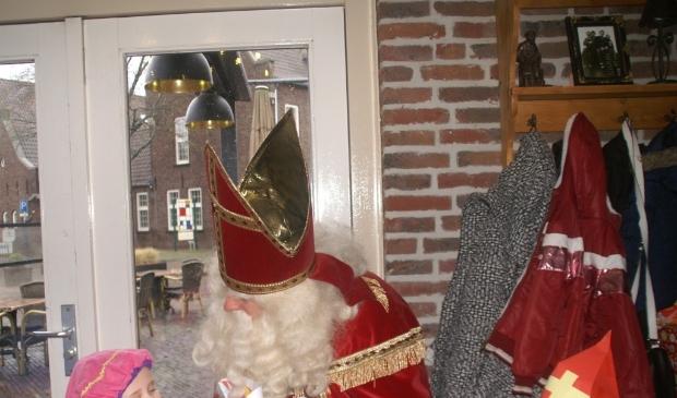 Nistelrode - Sinterklaasintocht & Pietenontbijt