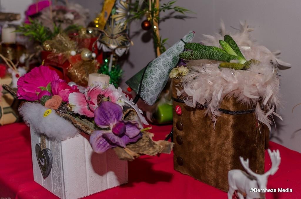 Heeswijk-Dinther - Kerstmarkt bij de Looz Corswarem Hoeve Foto: Edwin Hendriks © mooibernheze