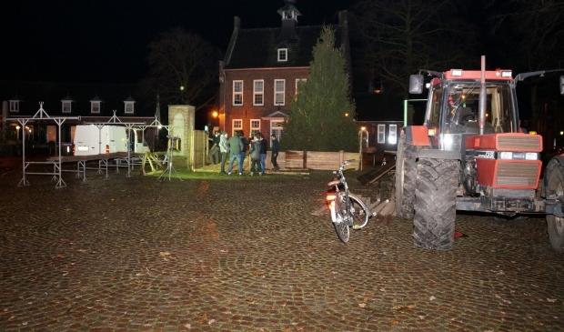 Nistelrode - Opbouw Kerststal door Scouting
