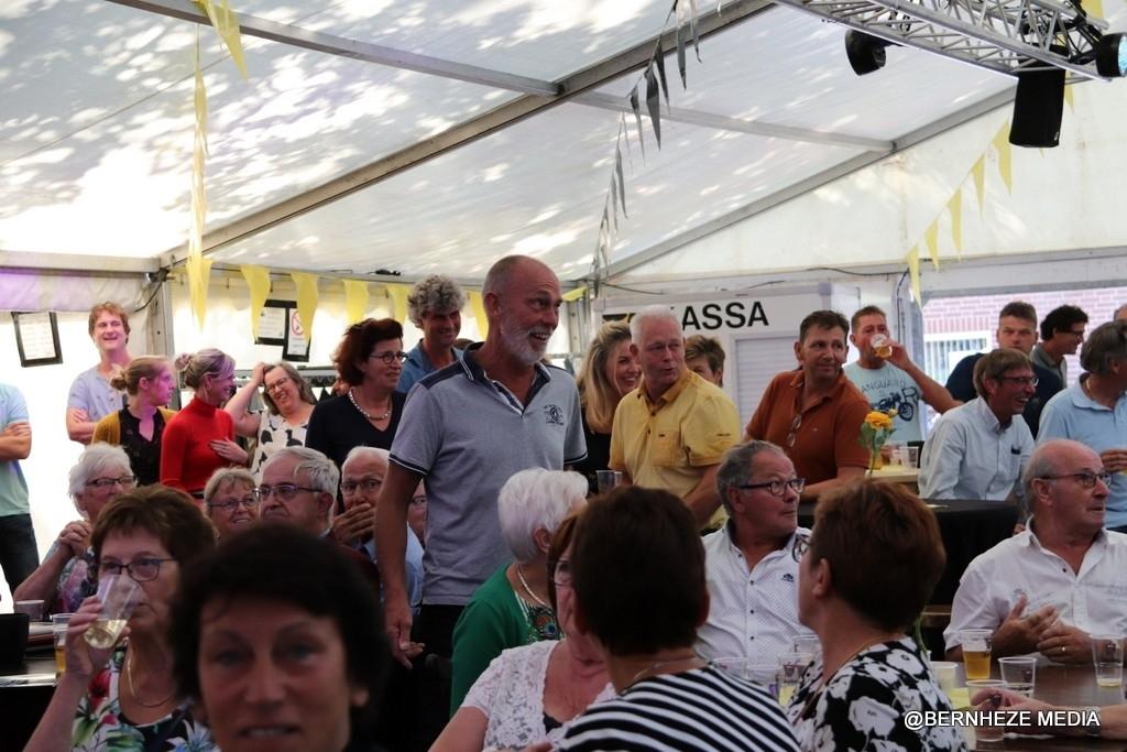 Vorstenbosch - Uitreiking Lintje Harry van Dommelen en viering 60-jarig jubileum Foto: Heidi Verwijst © mooibernheze