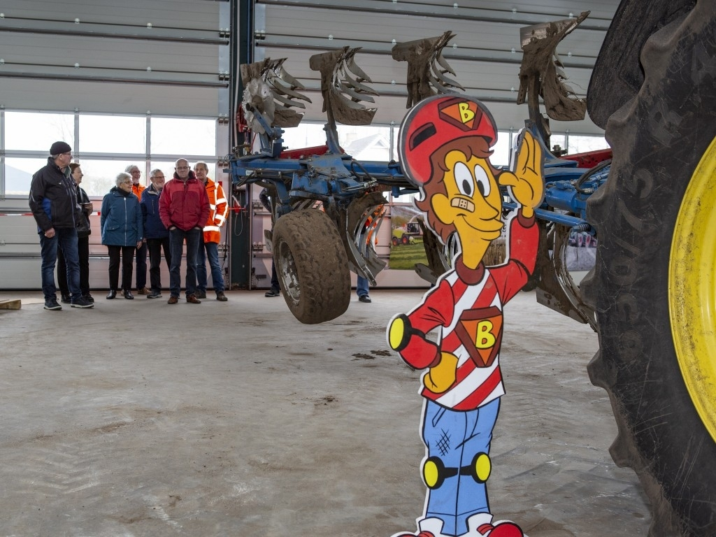 Bernheze - VVN Maasland 'Veilig Omgaan Met Opvallend Landbouwverkeer' Foto: Marcel van der Steen  © mooibernheze