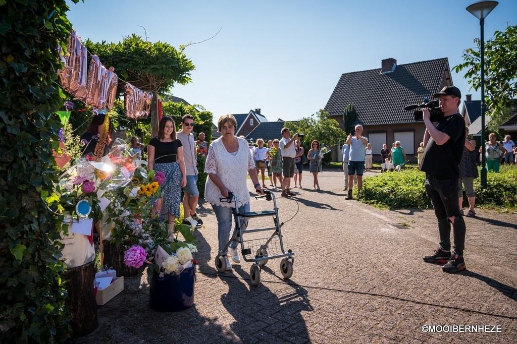 Vorstenbosch - Ellen is weer thuis  Foto: Edwin Hendriks  © mooibernheze