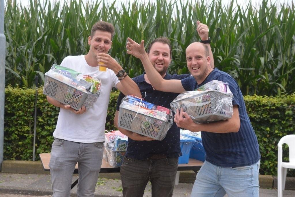 Winnaars 2e divisie: Gijs Dortmans, Thijs v d Sanden en Gijs Geenen (1)  © mooibernheze