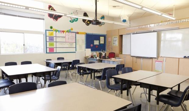 Klassenvergroting moet lege lokalen tegengaan. (Foto: AdobeStock)