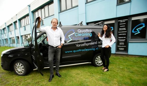 <p>Danny en Anita van Quattro Cleaning Services. (Foto: Fred Rotgans)</p>